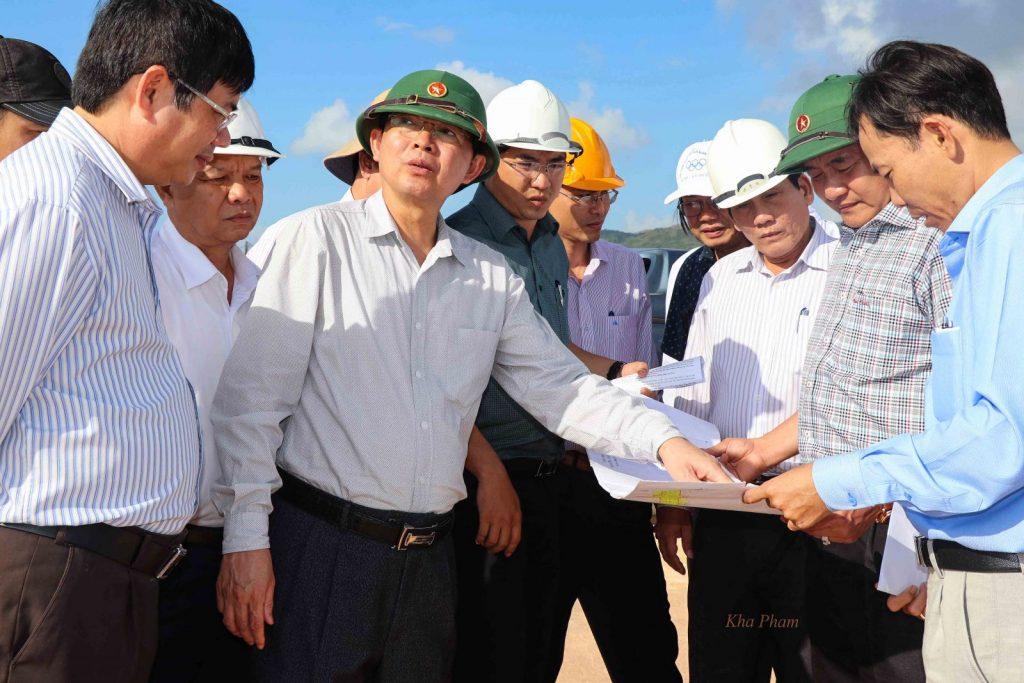 Chủ tịch Hồ Quốc Quốc chỉ đạo hạ tầng dự án KCN Becamex Bình Định